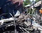 Người đàn ông bán trái cây mất cả vợ và 2 con trong đám cháy 19 căn nhà