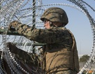 Mỹ tăng quyền cho quân đội đối phó người nhập cư ở biên giới