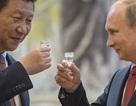 """Thất thế trong cuộc chiến thương mại với Mỹ, Trung Quốc quay sang """"ve vãn"""" thị trường Nga"""