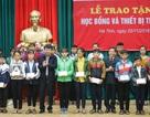 Hà Tĩnh: Trao 350 suất học bổng đến giáo viên, học sinh, sinh viên