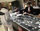Du khách Việt bạo tay mua sắm ở nước ngoài