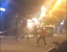 Hai nhóm thanh niên hỗn chiến, một người bị đâm trọng thương