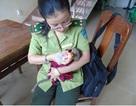 Giao vọoc chà vá chân nâu cho Thảo cầm viên Sài Gòn cứu hộ