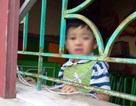 Vụ bé 4 tuổi bị buộc dây: Cháu nhỏ bị câm, điếc, tăng động