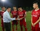 """Đội tuyển Việt Nam sang Lào: Chờ sự """"mát tay"""" của Bộ trưởng Nguyễn Ngọc Thiện"""