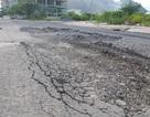 """Đường ven biển Nha Trang sau 3 tháng sửa chữa đã """"nát bét"""""""