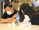 Cặp đôi Trung Quốc bị tóm gọn vì ăn trộm vali đắt tiền của du khách người Mỹ