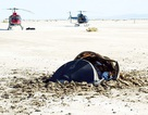 """Sự thật về """"đĩa bay người ngoài hành tinh"""" rơi xuống sa mạc tại Mỹ"""