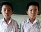 Nhặt được 15 triệu đồng, học sinh lớp 3 tìm đến công an trả lại tiền cho người đánh rơi