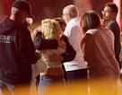Hiện trường vụ xả súng kinh hoàng khiến 12 người chết tại Mỹ