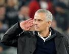Mourinho hối hận vì lỡ cay cú đáp trả cổ động viên Juventus