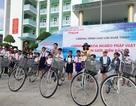 Tặng hàng chục xe đạp cho học sinh hiếu học Bạc Liêu
