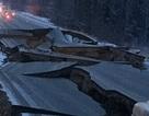 """Động đất """"rung chuyển"""" bang Alaska: Nhà cửa lắc dữ dội, đường sá vỡ vụn"""