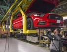 """Ford """"rón rén"""" cắt giảm sản xuất tại Mỹ"""