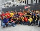 Cổ động viên Malaysia hâm nóng bầu không khí căng thẳng tại Bukit Jalil