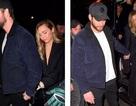 Miley Cyrus ra phố cùng bạn trai