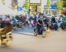 Vấn nạn vượt đèn đỏ trên đường phố Hà Nội