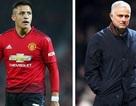 Mourinho bị sa thải, học trò lôi ra làm… trò đùa