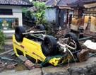 Cảnh tượng tan hoang tại Indonesia sau trận sóng thần khiến 62 người chết