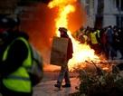 """Pháp tiếp tục chìm trong bạo động, 140 người """"Áo vàng"""" bị bắt"""