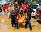 """Số người chết tăng, Indonesia gặp khó khăn chồng chất sau sóng thần """"quái vật"""""""