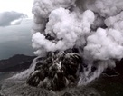 Indonesia có thể tiếp tục hứng sóng thần vì núi lửa vẫn phun trào