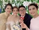 """Hoa hậu Ngọc Hân làm MC """"bất đắc dĩ"""" cho đám cưới con trai NSND Lan Hương"""