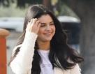 Selena Gomez: Mặt tròn xoe nhưng vẫn xinh đẹp!