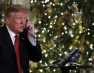 """Câu hỏi gây """"bão"""" mạng của ông Trump với cô bé 7 tuổi"""