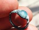 Đang đào đường, bất ngờ vớ chiếc nhẫn quý 2.000 năm tuổi