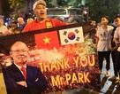 Báo Hàn Quốc ca ngợi thầy Park khi đánh bại HLV Eriksson