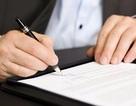 Tiếp tục làm việc sau 60 tuổi, có phải ký lại hợp đồng?