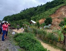 Nhân chứng kể về vụ lở đất khiến 3 người cùng một gia đình tử vong