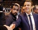 """Cựu vệ sĩ Tổng thống Pháp bị """"tố"""" vẫn dùng hộ chiếu ngoại giao dù bị sa thải"""