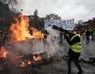 Chính phủ Pháp nhượng bộ sau vụ bạo loạn tồi tệ nhất nhiều thập niên