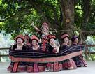 """Vì sao bản người Mông - Sin Suối Hồ ngày càng """"hút"""" khách du lịch?"""
