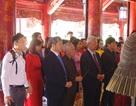 Trường ĐH Thăng Long dâng hương tại Văn Miếu - Quốc Tử Giám nhân kỷ niệm 30 năm thành lập