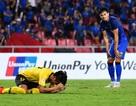 "Báo Thái Lan ""trút giận"" lên Adisak sau trận thua Malaysia"