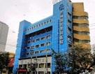 Trung Quốc: Đang phẫu thuật, bác sĩ bắt bệnh nhân dậy đóng thêm viện phí