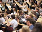 Pháp dự kiến tăng học phí đại học gấp 16 lần đối với sinh viên quốc tế