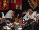 """50 thanh niên """"phê"""" ma túy lắc điên cuồng trong phòng karaoke"""