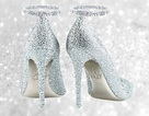 Chiêm ngưỡng những đôi giày làm từ vàng và bạch kim