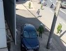 Khống chế người đàn ông đập phá văn phòng công chứng, cầm dao rượt đuổi công an