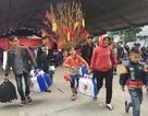 Nữ công nhân 20 năm mới về quê đón Tết
