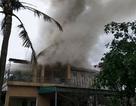 Chập điện gây hoả hoạn, một gia đình tá hoả vì suýt mất nhà, mất Tết
