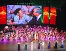 """Đêm nhạc """"lấy nước mắt"""" của đoàn nghệ thuật Triều Tiên tại Hàn Quốc"""