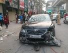 Hà Nội: Camry đâm hàng loạt phương tiện, 5 người bị thương