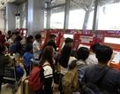 """Cao điểm Tết: """"Điểm nóng"""" sân bay Tân Sơn Nhất đã hạ nhiệt?"""