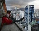 Lương tháng không đủ sống, công ty Venezuela phải thưởng trứng để giữ nhân viên