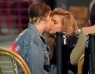 Kristen Stewart hạnh phúc bên người tình đồng giới